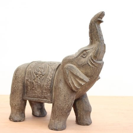 Elefante chino de piedra tallada. Tienda Himalaya. P737 -2