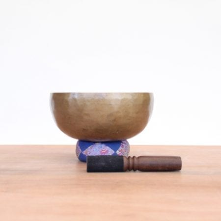 Cuenco tibetano hecho a mano. Tienda Himalaya. nb.16a1. 6