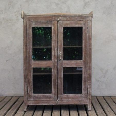 Vitrina de madera teca. Tienda Himalaya. MI-238