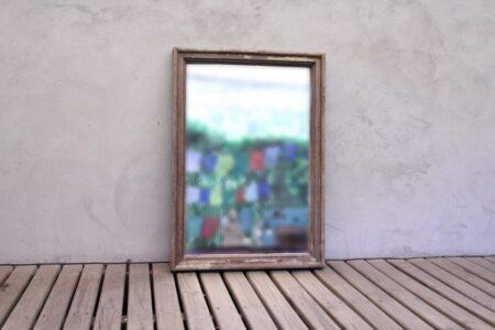 Espejo de madera reciclada. Tienda Himalaya