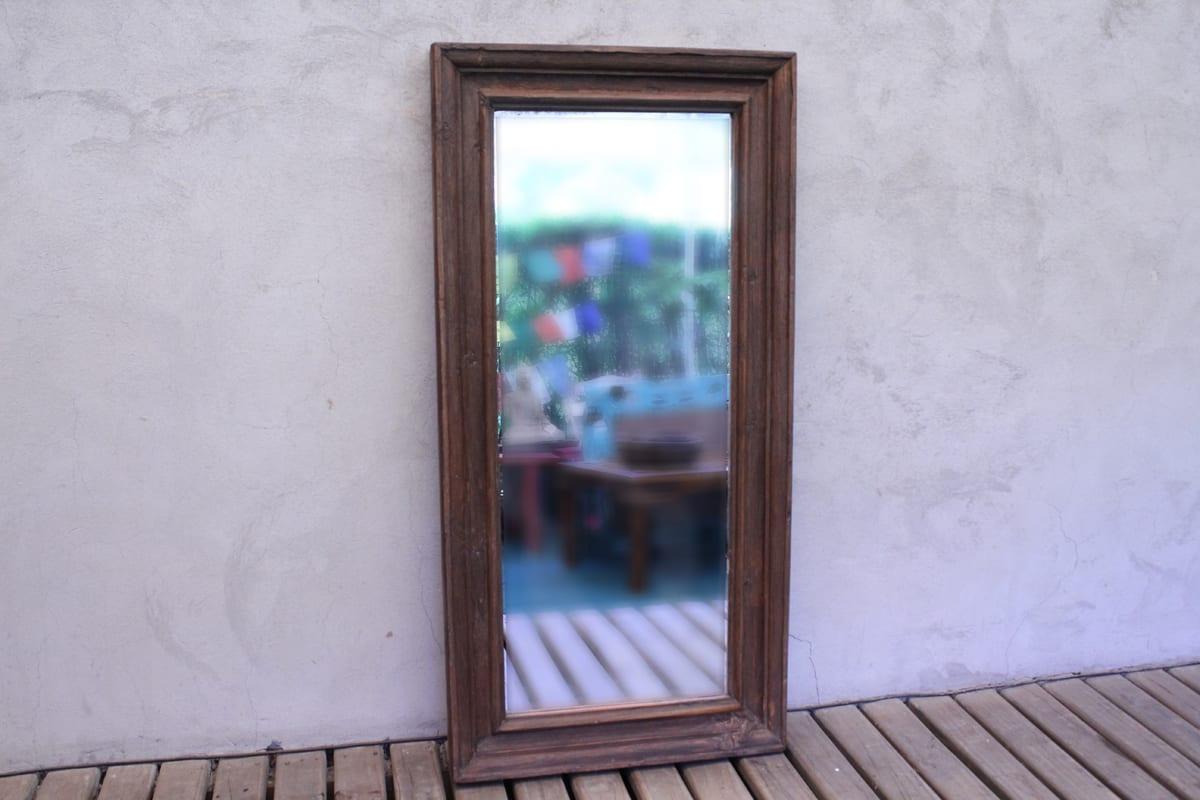 Espejo espejo con marco de madera antiguo - Espejos con marco ...