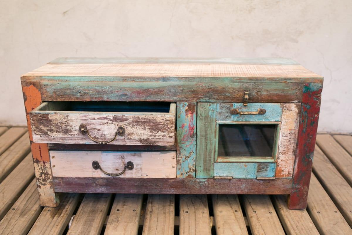 Mini mueble maderas recicladas for Muebles vanitorios rusticos